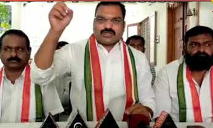 He A Congress Candidate Krishnareddy In Rewanth Mind-TeluguStop.com