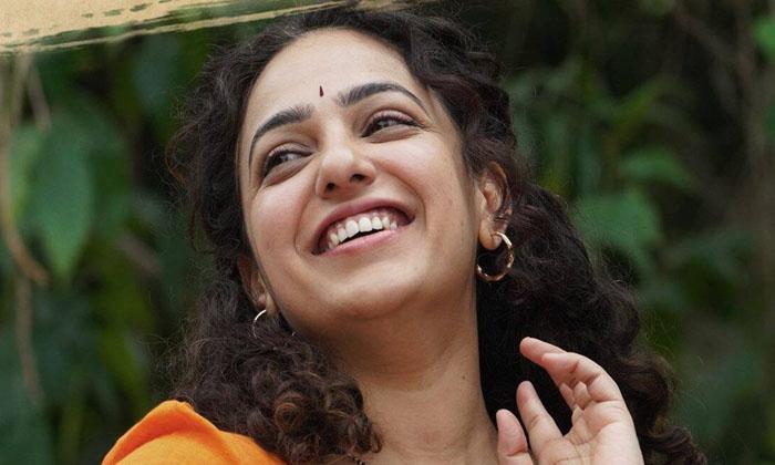Nithya Menen Joins The Sets Of Pawan Kalyans Next-TeluguStop.com