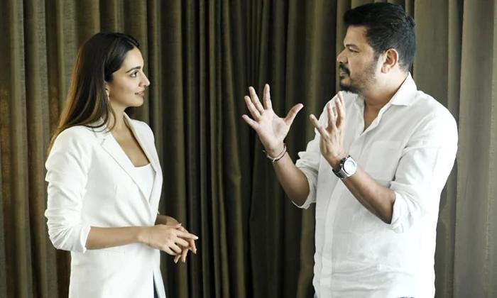 Ram Charan Fans Unhappy With Shankar Heroine Selection-TeluguStop.com