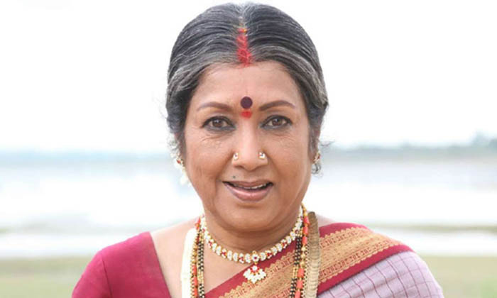 Senior Actress Jayanthi Relation Ship With Actor Anr Family-TeluguStop.com