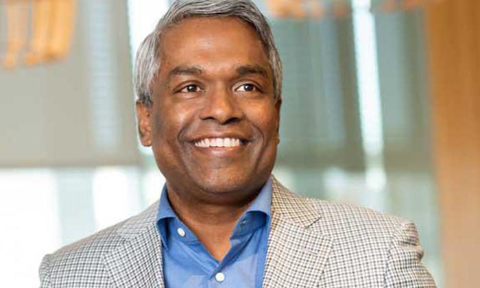 Kerala Born Thomas Kurian Google Cloud Ambitions-TeluguStop.com