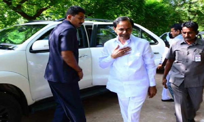Cm Kcr To Visit Vasalamarri Today-TeluguStop.com