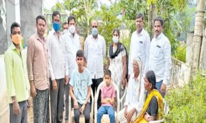 Friendship Viral News District Khanapuram Joint Warangal-TeluguStop.com