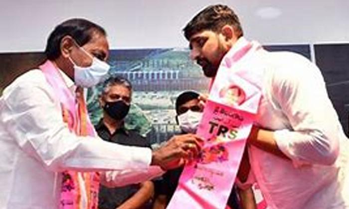 Telugu Bjp, Congress, Etela Rajender, Gangula Kamalakar, Huzurabad Election Notification, Huzurabad Elections, Kaushik Reddy, Kcr, Revanth Reddy, Telangana, Trs-Telugu Political News