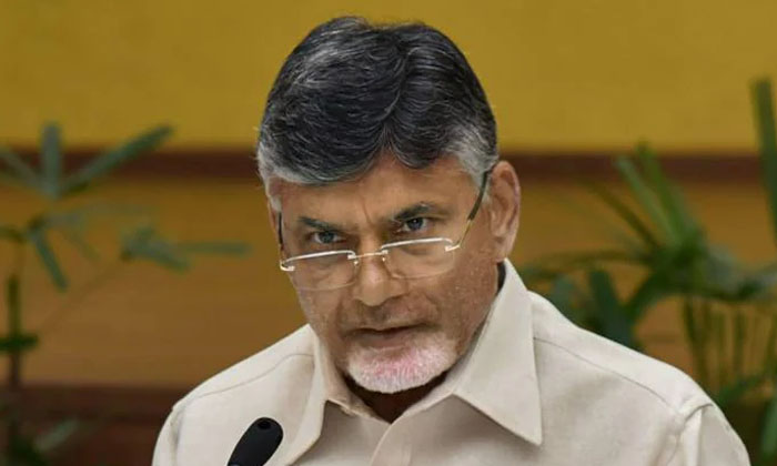 Chandrababu Spying On Coverts In Tdp-TeluguStop.com