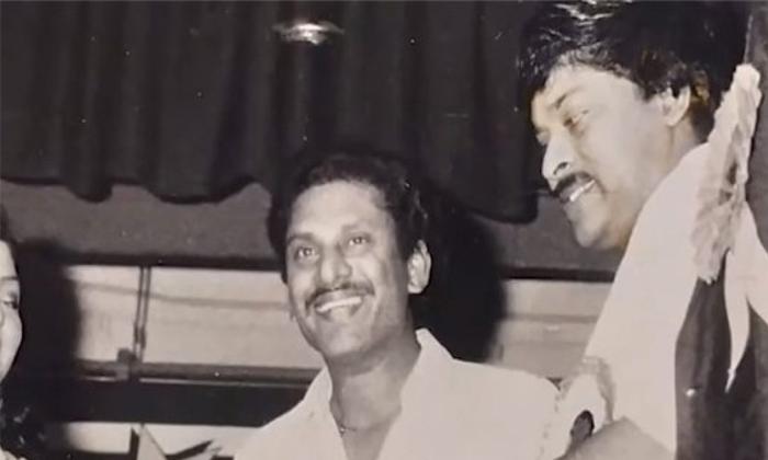 Dasari Co Director Prabhakar Say Megastar Chirajeevi Paid His Daughter School Fee-TeluguStop.com