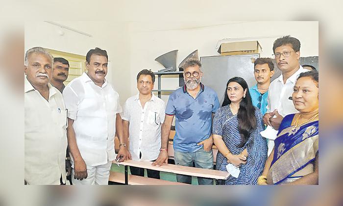 Sukumar Comments About His Father Tirupati Nayudu-TeluguStop.com