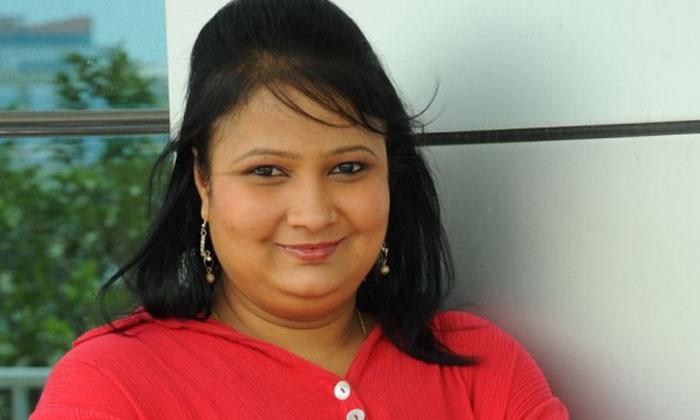 Allari Naresh Kithakithalu Film Heroine Geetha Singh Shocking Comments On Her Marriage-TeluguStop.com
