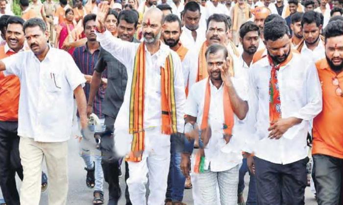 Is Telangana State Bjp Chief Bandi Sanjay Missing The Golden Chance Of Padayatra-TeluguStop.com