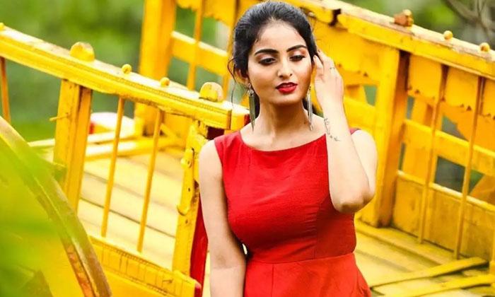 Vakeel Saab Beauty Ananya Nagalla Bathtub Hot Photo Shoot Sensation In Internet-TeluguStop.com