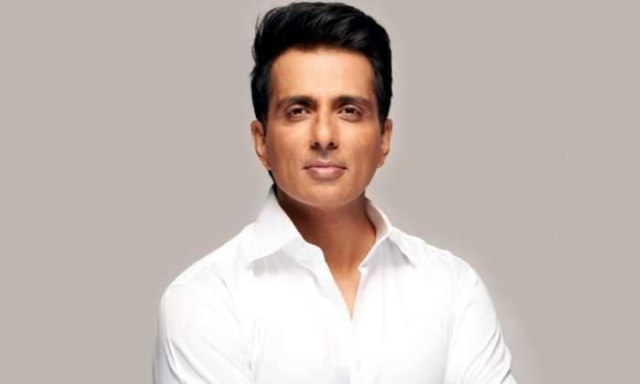 One Political Party Offers Rajya Sabha Seat For Sonu Sood-TeluguStop.com