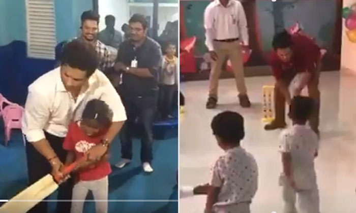 Viral Video Legend Playing Cricket With Children-TeluguStop.com