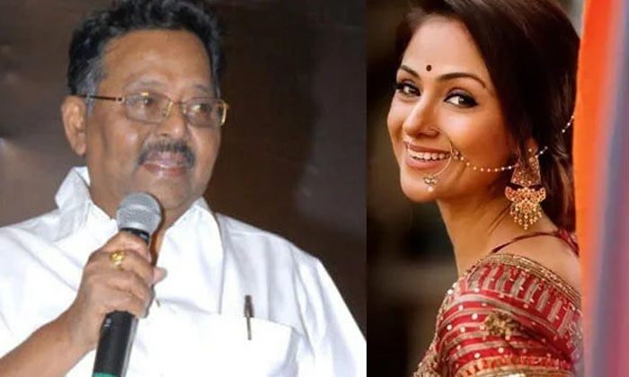 Star Director Mutyala Subbaiah Comments About Heroine Simran-TeluguStop.com