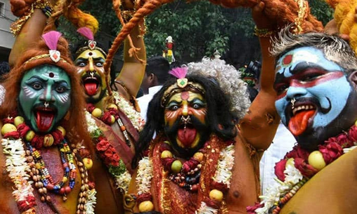 What Is The Specialty Of The Pothuraju The Bonalu-TeluguStop.com