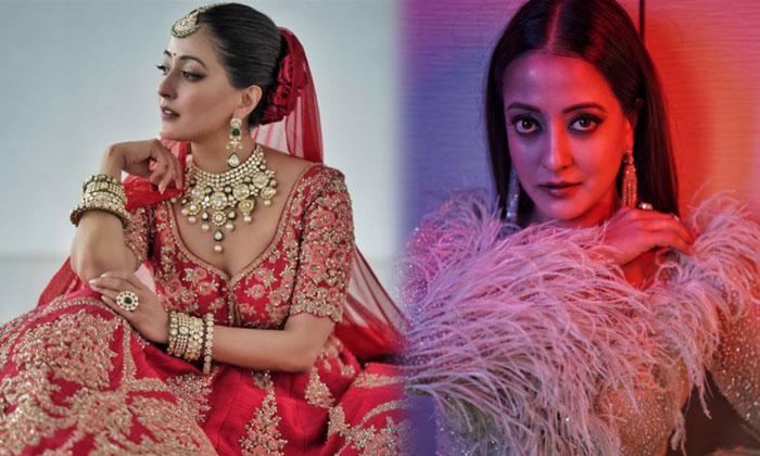 Alluring Images Of Bollywood Actress Raima Sen-telugu Actress Hot Photos Alluring Images Of Bollywood Actress Raima Sen High Resolution Photo
