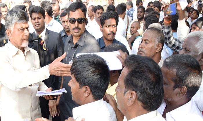 Chandrababu Says He Is Fighting On Behalf Of Farmers-TeluguStop.com