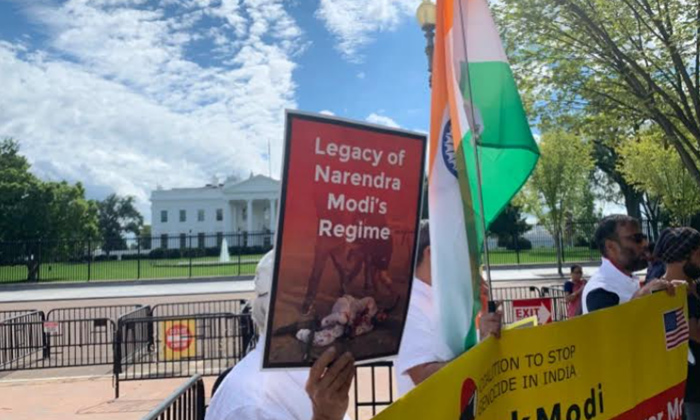 Indian Americans Protest Outside White House Over Modis Visit-TeluguStop.com