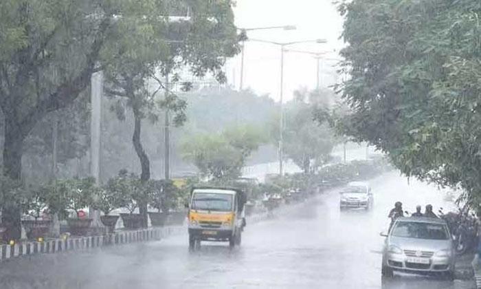 Heavy Rains In Uttar Pradesh-TeluguStop.com