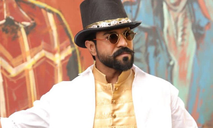 Ram Charan Counters To Nithiin On Bigg Boss 5 Telugu Stage-TeluguStop.com