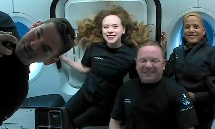 Spacex Capsule With Worlds First All Civilian Orbital Crew Returns Safely-TeluguStop.com