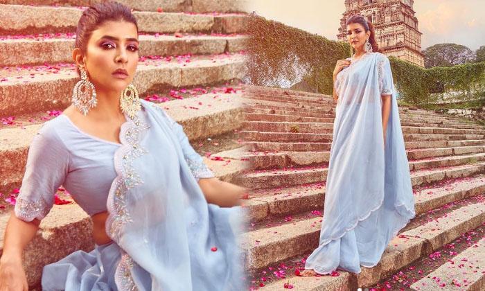 Tollywood Actress Lakshmi Manchu Images-telugu Actress Hot Photos Tollywood Actress Lakshmi Manchu Images - Telugu Late High Resolution Photo