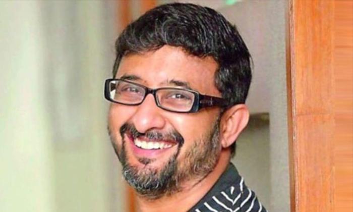 Actor Baladitya About Director Teja Incident Not Lifting His Phone Call-TeluguStop.com