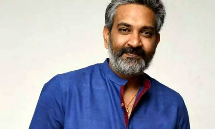 Rajamouli Completed Just Inter Andthe Careless Answer To His Father And Roming On Roads But Now He Is Well Settled-TeluguStop.com