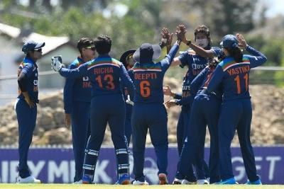 India Finish Odi Series On A High, Snatch 2-wicket Win Vs Australia-TeluguStop.com
