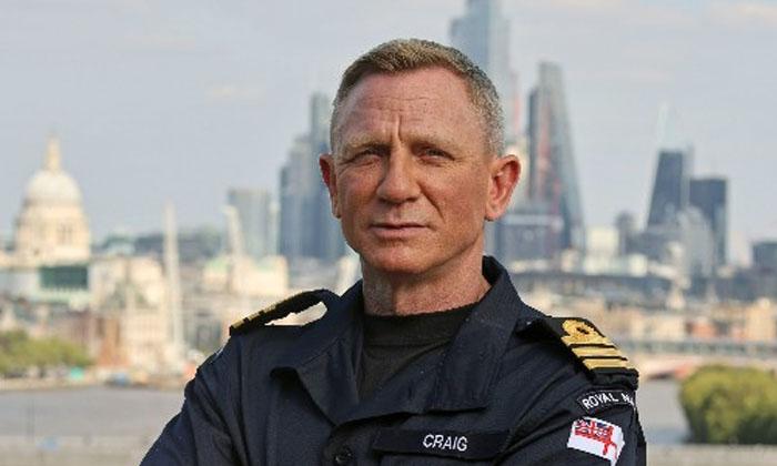 Rare Tribute To James Bond Actor Daniel Craig-TeluguStop.com