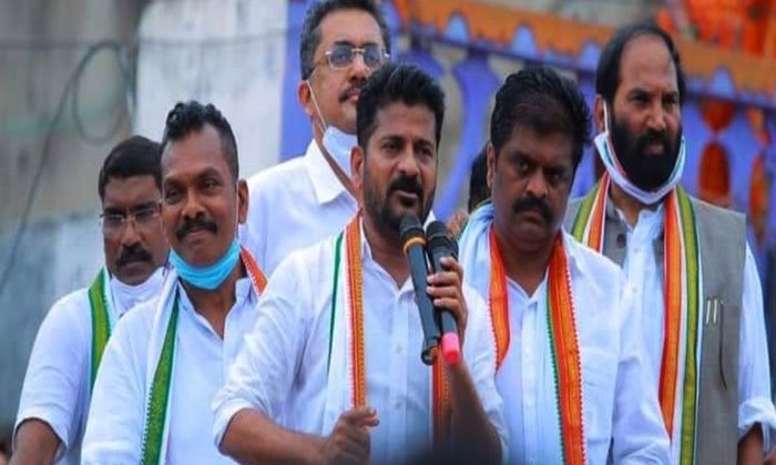 Voice Of Seniors Not Heard In Congress What Is The Cause Of Dissatisfaction-TeluguStop.com
