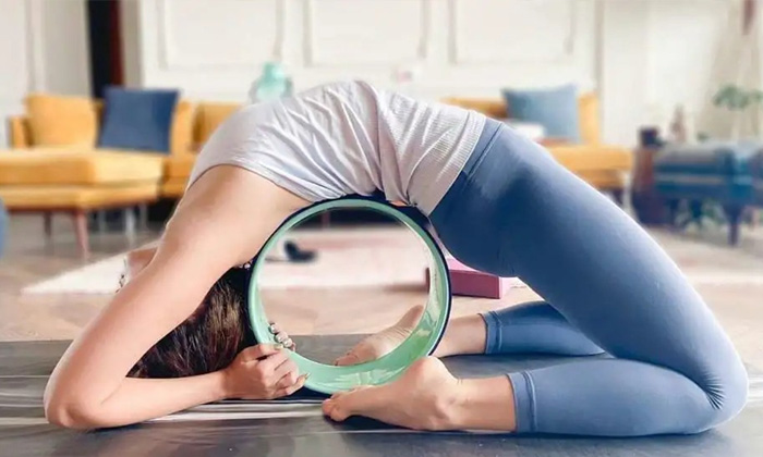 Do You Know Any Heroine Doing Exercising In The High Level-TeluguStop.com