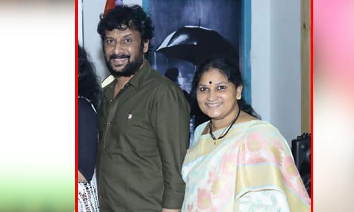 Comedian Uttej Wife Passes Away-TeluguStop.com