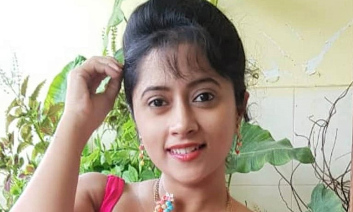 Looks Innocent In The Serial But Is This Tv Actress Too Angry And Arrogant In Real Life-TeluguStop.com