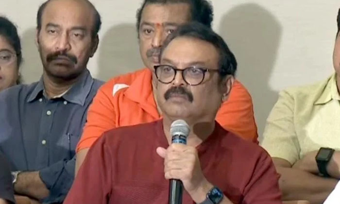 Senior Naresh Shocking Comments About Resigning Members-TeluguStop.com