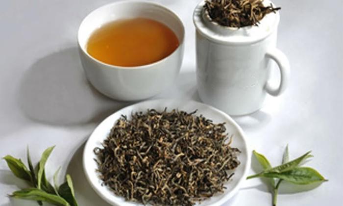 Tea Crazy Hyderabad Gets Niloufer Cafes Rs 1000 Tea-TeluguStop.com